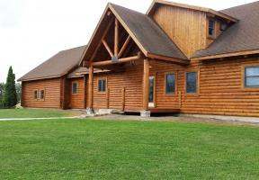 Front of Sandusky Log Home
